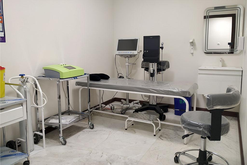 تزریق زانو و مفاصل دکتر سیامک مرادی