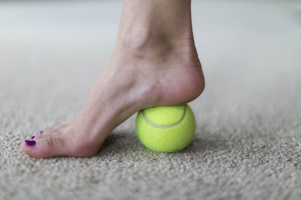 درمان درد پاشنه پا توسط دکتر سیامک مرادی فوق تخصص درد در کلینیک درد راد تهران