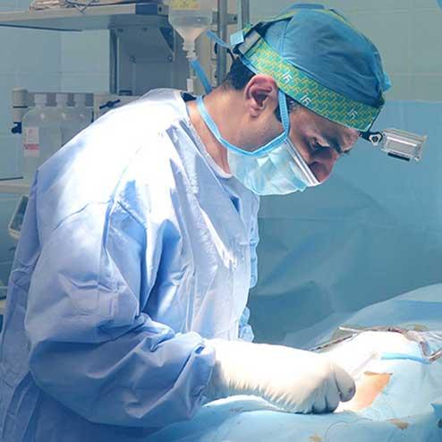 دکتر سیامک مرادی فوق تخصص درد و متخصص درد در کلینیک درد راد